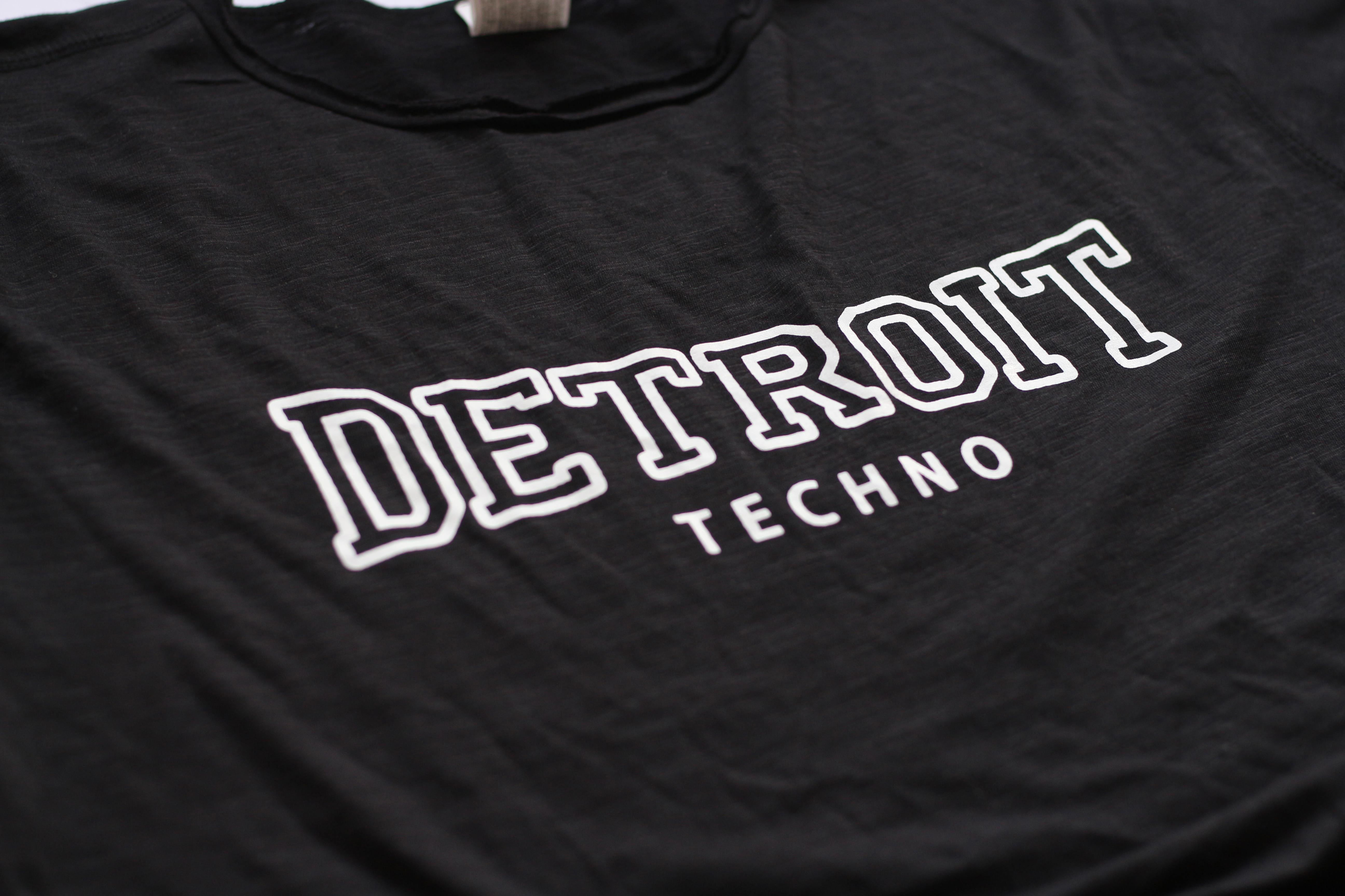 camiseta detroit techno